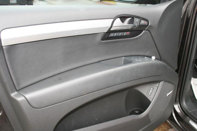 2015 Audi Q7 3.0L TDI Prestige Houston, Texas 17