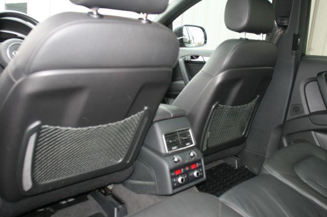 2015 Audi Q7 3.0L TDI Prestige Houston, Texas 26