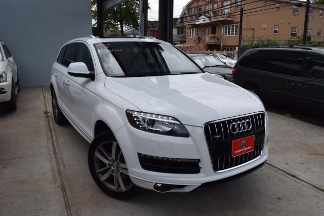 2015 Audi Q7 3.0T Premium Plus Richmond Hill, New York 1