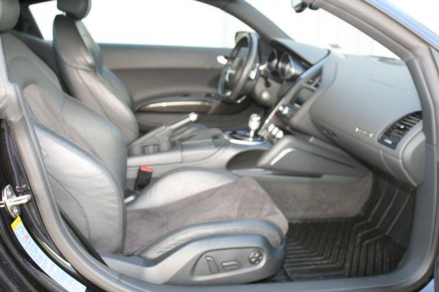 2015 Audi R8 Coupe V8 Houston, Texas 15
