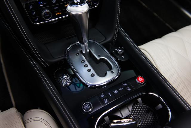 2015 Bentley Flying Spur W12 $254,830 MSRP Orlando, FL 23