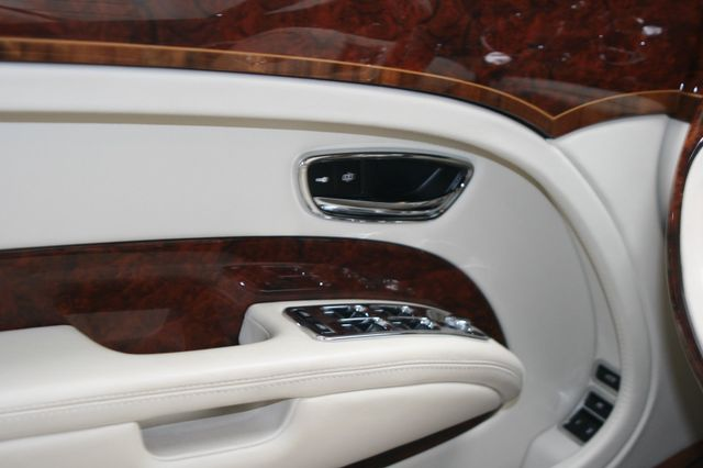 2015 Bentley Mulsanne Houston, Texas 18