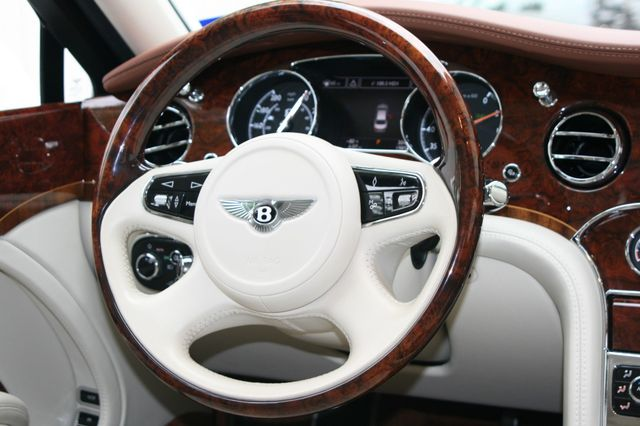 2015 Bentley Mulsanne Houston, Texas 14
