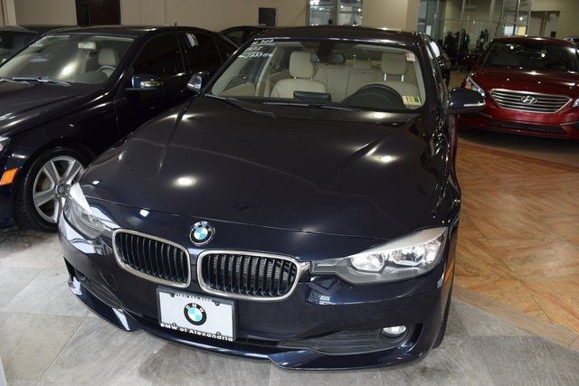 2015 BMW 320i xDrive 320i xDrive Richmond Hill, New York 1