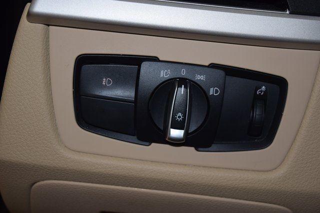 2015 BMW 320i xDrive 320i xDrive Richmond Hill, New York 23