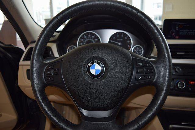 2015 BMW 320i xDrive 320i xDrive Richmond Hill, New York 26