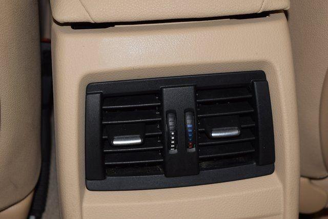 2015 BMW 320i xDrive 320i xDrive Richmond Hill, New York 34