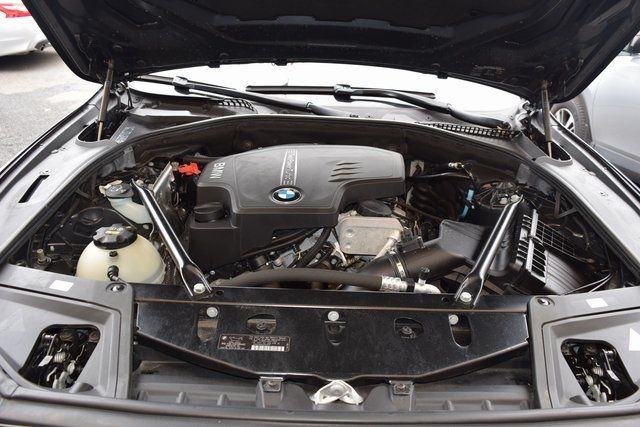 2015 BMW 528i xDrive 528i xDrive Richmond Hill, New York 12