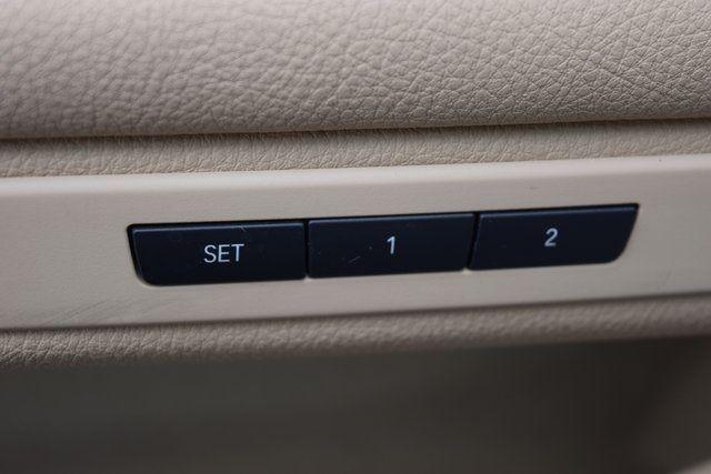 2015 BMW 528i xDrive 528i xDrive Richmond Hill, New York 36
