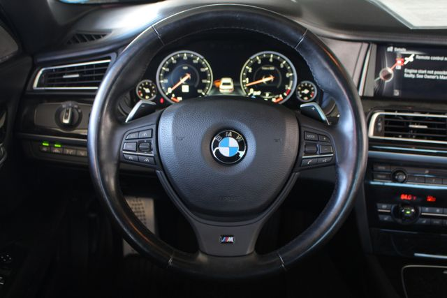 2015 BMW 750Li xDrive AWD - M SPORT EDITION - BRAND NEW TIRES! Mooresville , NC 8