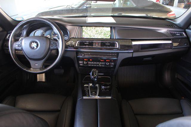 2015 BMW 750Li xDrive AWD - M SPORT EDITION - BRAND NEW TIRES! Mooresville , NC 33