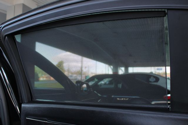 2015 BMW 750Li xDrive AWD - M SPORT EDITION - BRAND NEW TIRES! Mooresville , NC 54