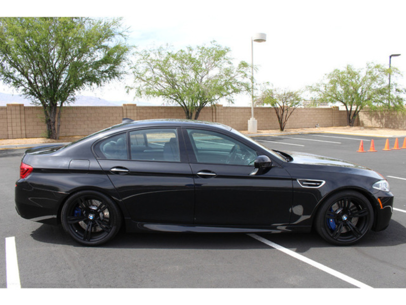 2015 black m5 competition drivers asst plus b o must see used bmw m5 for sale in las vegas. Black Bedroom Furniture Sets. Home Design Ideas