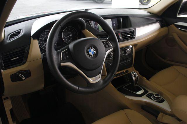 2015 BMW X1 xDrive28i AWD - PREMIUM  PKG-NAVIGATION-PANO ROOF! Mooresville , NC 31