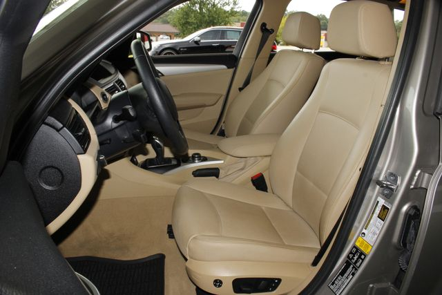2015 BMW X1 xDrive28i AWD - PREMIUM  PKG-NAVIGATION-PANO ROOF! Mooresville , NC 8