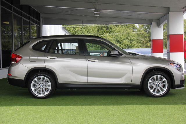 2015 BMW X1 xDrive28i AWD - PREMIUM  PKG-NAVIGATION-PANO ROOF! Mooresville , NC 15