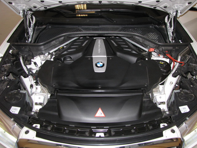 2015 BMW X5 xDrive50i M SPORT Jacksonville , FL 21