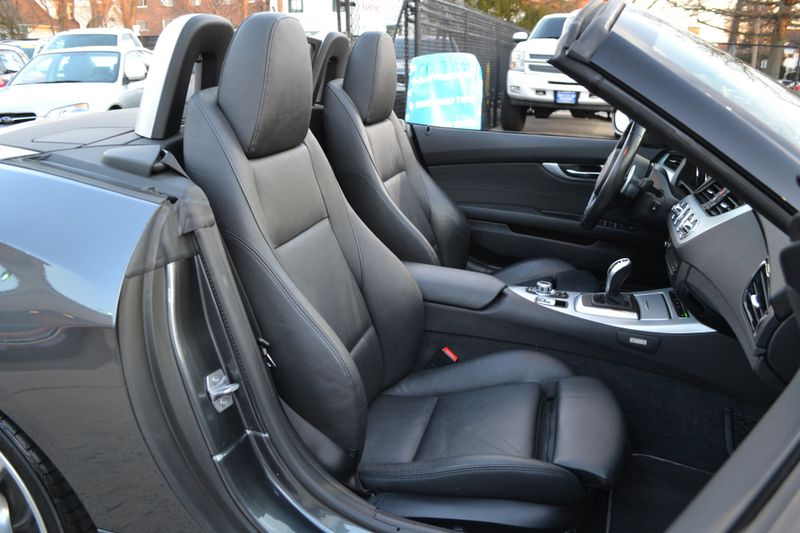 2015 BMW Z4 sDrive35is   city New  Father  Son Auto Corp   in Lynbrook, New