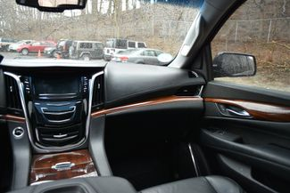 2015 Cadillac Escalade ESV Luxury Naugatuck, Connecticut 15