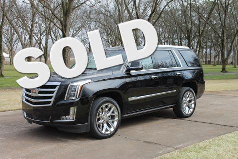 2015 Cadillac Escalade Premium 4WD 1 Owner  in Marion, Arkansas
