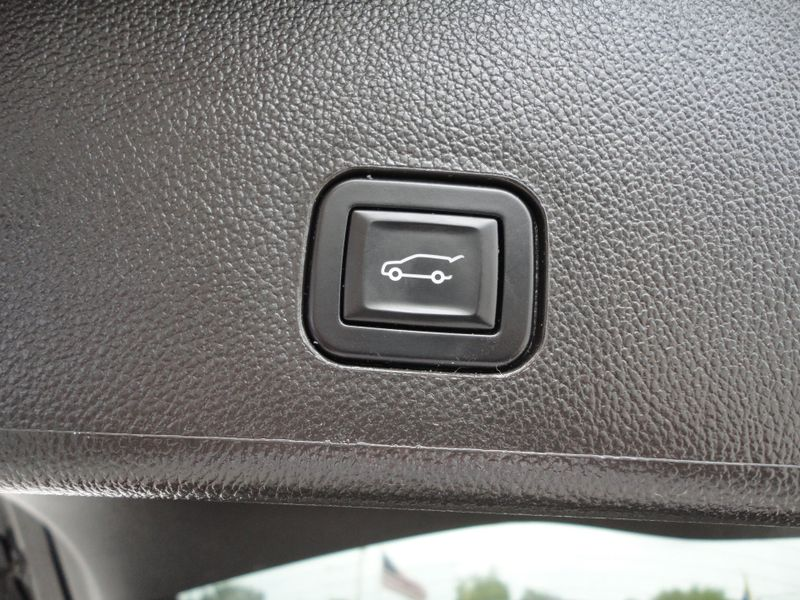 2015 Cadillac SRX Premium Collection  Brownsville TX  English Motors  in Brownsville, TX