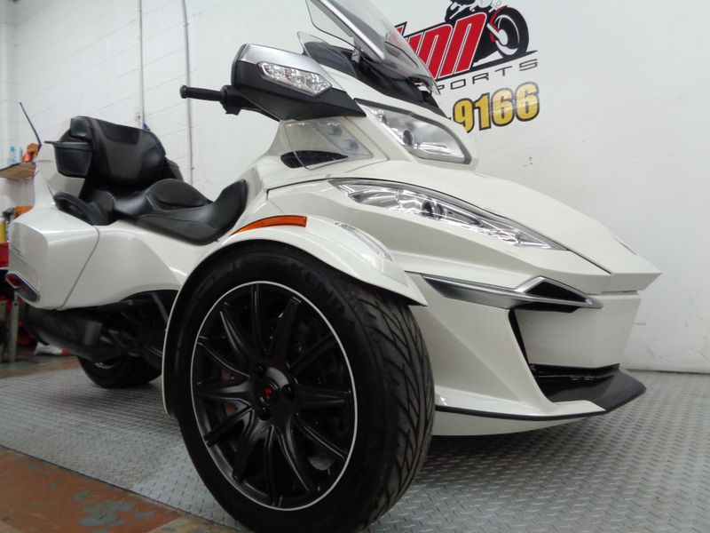 2015 Can-Am Spyder RT-S SE6  Oklahoma  Action PowerSports  in Tulsa, Oklahoma