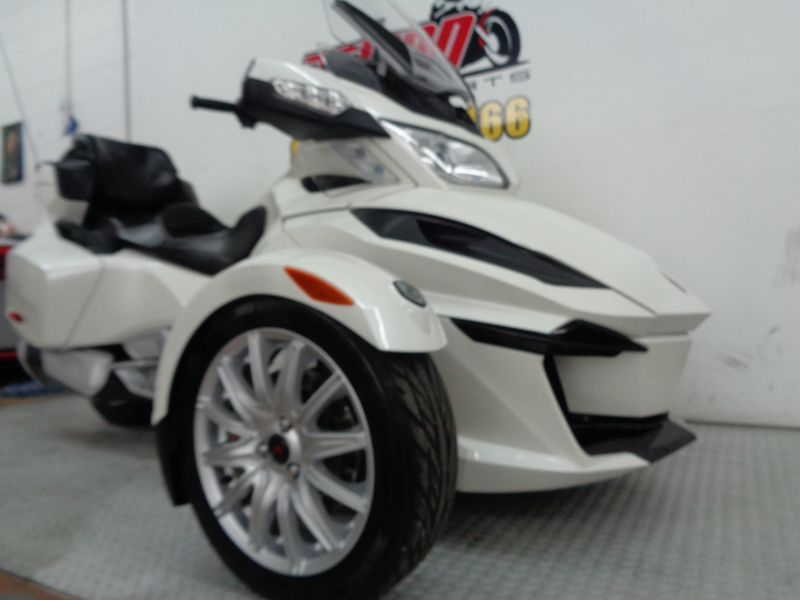 2015 Can-Am Spyder RT SE6  Oklahoma  Action PowerSports  in Tulsa, Oklahoma