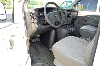 2015 Chevrolet 15 Pass LT Charlotte, North Carolina 4
