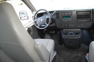 2015 Chevrolet 15 Pass LT Charlotte, North Carolina 14