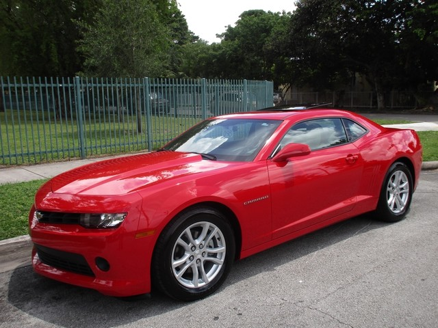 2015 Chevrolet Camaro LT Come and visit us at oceanautosalescom for our expanded inventoryThis o