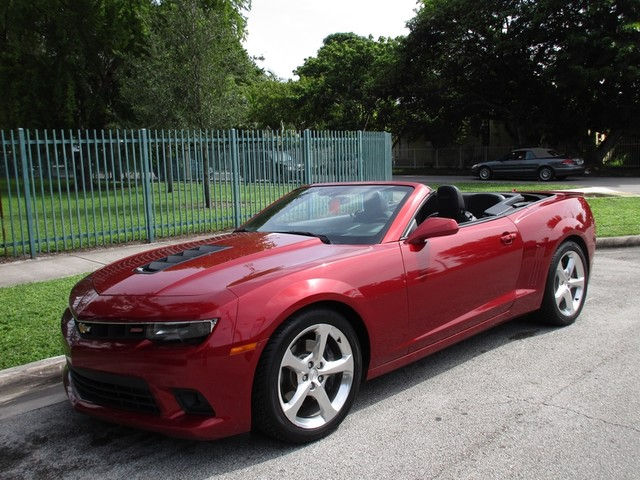2015 Chevrolet Camaro SS Come and visit us at oceanautosalescom for our expanded inventoryThis o