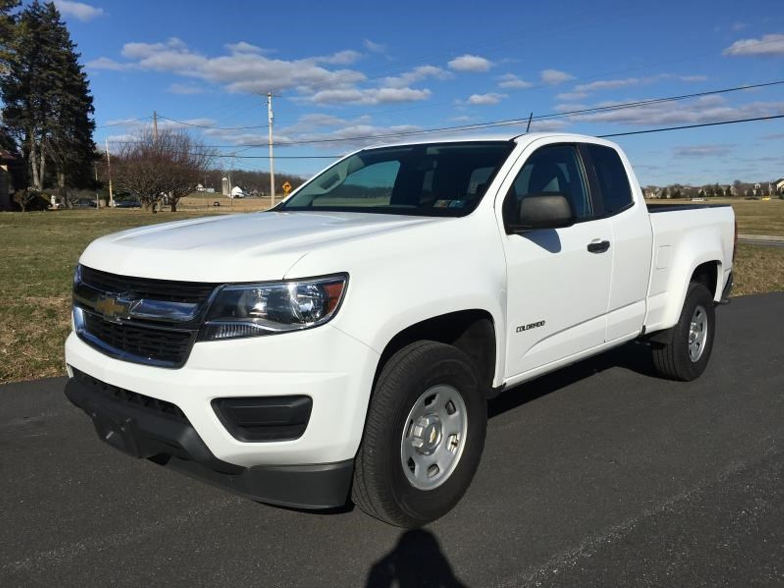 chevrolet crew angular lt review truck work news cab colorado front