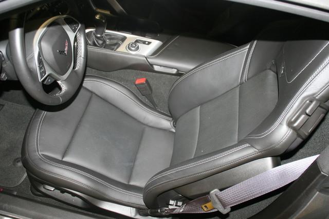 2015 Chevrolet Corvette Stingray Z51 2LT Houston, Texas 9