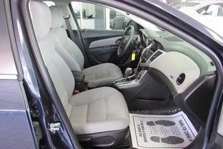 2015 Chevrolet Cruze LT Chicago, Illinois 8