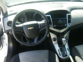 2015 Chevrolet Cruze LS Los Angeles, CA 10