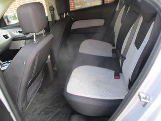 2015 Chevrolet Equinox LS Farmington, Minnesota 3