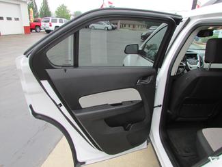 2015 Chevrolet Equinox LT Fremont, Ohio 10