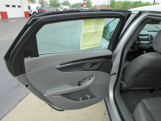 2015 Chevrolet Impala LT Fremont, Ohio 10