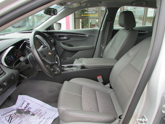 2015 Chevrolet Impala LT Fremont, Ohio 6
