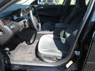 2015 Chevrolet Impala Limited LT Batesville, Mississippi 8
