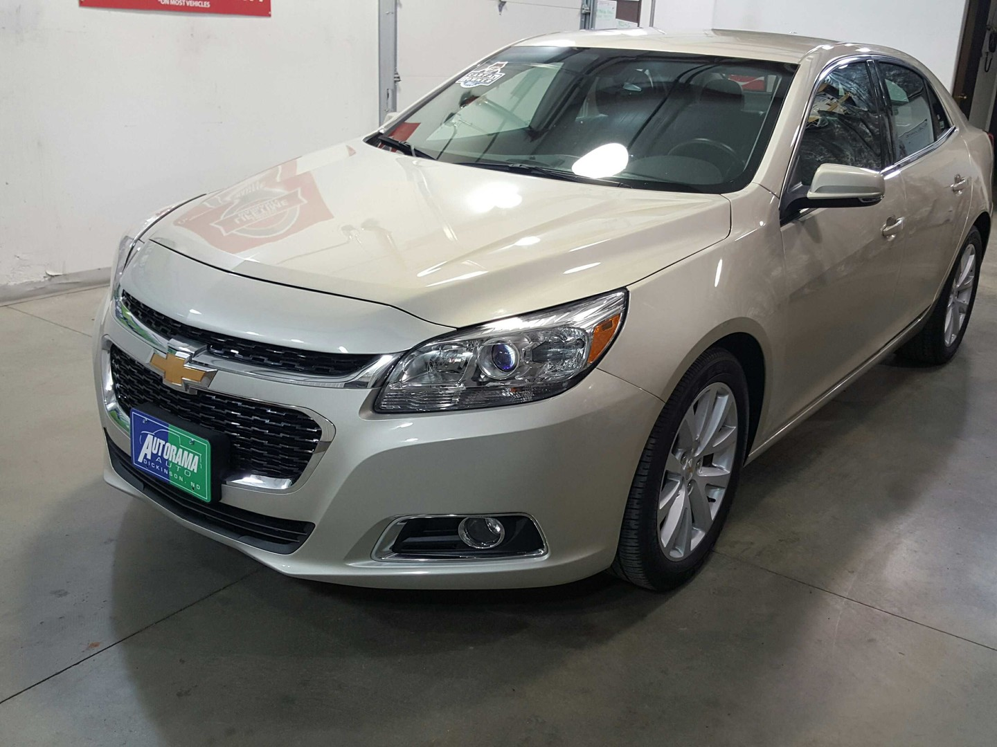 chevy malibu 2015 price 2015 chevrolet malibu reviews and rating motor trend 2015 chevrolet. Black Bedroom Furniture Sets. Home Design Ideas
