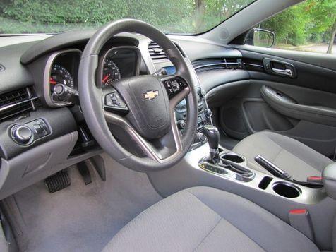 2015 Chevrolet Malibu LS   Louisville, Kentucky   iDrive Financial in Louisville, Kentucky