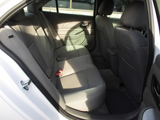 2015 Chevrolet Malibu LS Milwaukee, Wisconsin 15