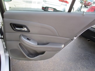 2015 Chevrolet Malibu LS Milwaukee, Wisconsin 16