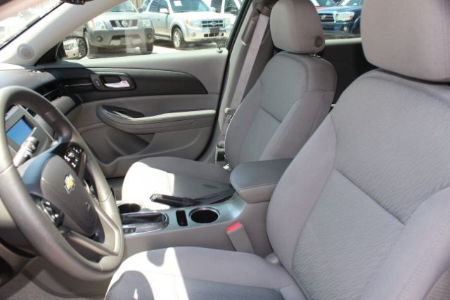 2015 Chevrolet Malibu LS San Antonio , Texas 14