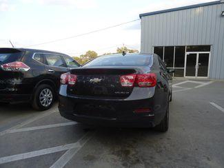 2015 Chevrolet Malibu 2LT. LEATHER. SUNROOF. CAMERA SEFFNER, Florida 11