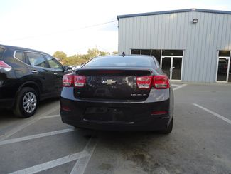 2015 Chevrolet Malibu 2LT. LEATHER. SUNROOF. CAMERA SEFFNER, Florida 12