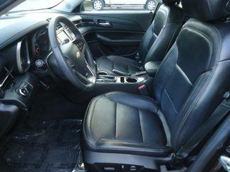 2015 Chevrolet Malibu 2LT. LEATHER. SUNROOF. CAMERA SEFFNER, Florida 3