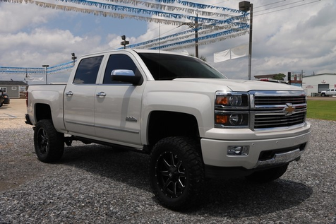 2015 Chevrolet1500 High Country 4wd Navi Roof Dvd Pearl White Lifted 35 Coursers On 20 Fuel Rims ONE OWNER CLEAN CARFAX | Baton Rouge , Louisiana | Saia Auto Consultants LLC in Baton Rouge , Louisiana