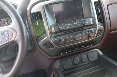 2015 Chevrolet Silverado 1500 High Country | Granite City, Illinois | MasterCars Company Inc. in Granite City, Illinois